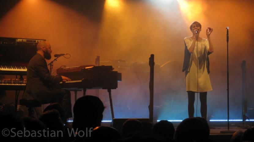 Hundreds live München Tollwood