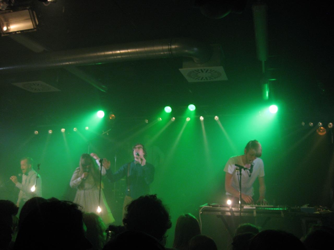 FM Belfast grün