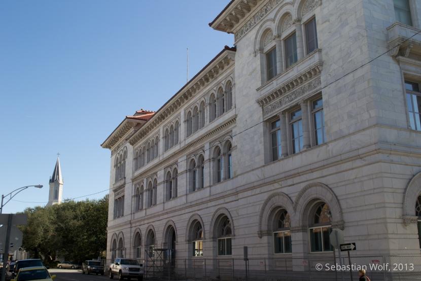 Savannah Court