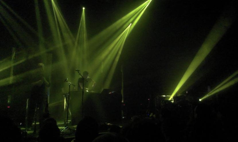 Bonobo light show